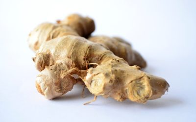 Ginger 101: Health Benefits, Uses + Green Juice Recipe